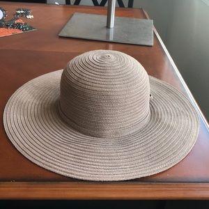 August floppy hat
